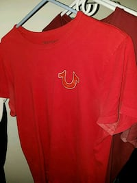 red crew-neck t-shirt Owings Mills, 21117