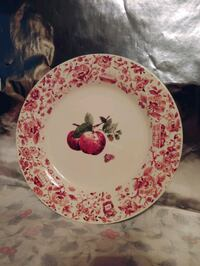 Pfaltzgraff Red Delicious Apple Dinner plates Woodbury