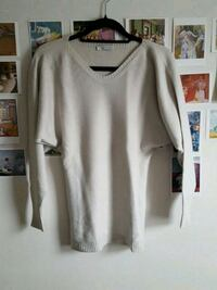 Cream jumper made in Italy London, NW10 6AU