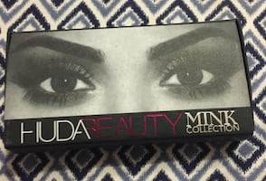Huda mink lashes in Farah