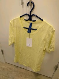 Kit and Ace Shirt, Small mens Coquitlam, V3J 2W2