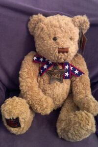 Wish Bear by Gund 2002 with attached booklet for 100th Anniversary of the Teddy Bear Las Vegas