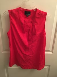 red plunge-neck sleeveless top Washington, 20020