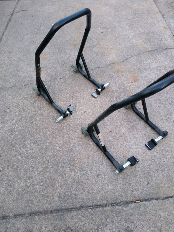 Sport bike rear jack stands