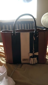 G by Guess purse and matching wallet Henderson, 89074