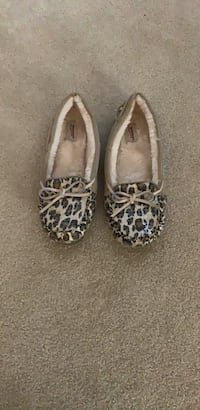 leopard moccasins Chantilly, 20152