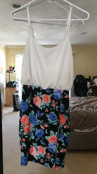 women's white and black floral dress