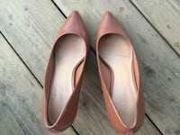 Size 7 good condition it's too big for me  温哥华, V5M 2Y6