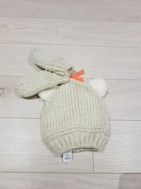 Joe Fresh Hat and mittens (0-12m) Toronto, M3M 2T5