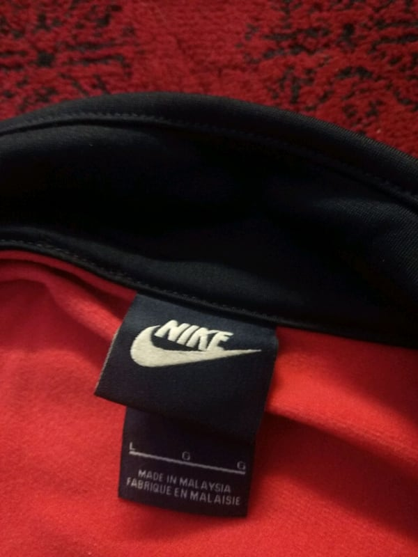 Light Orange and Dark blue Nike sweater (read des  e78c953b-b3b9-4153-a822-292c9f3f9a39