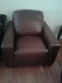 Brown leather chair excellent condition