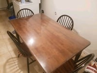 Beautiful Dining room table and chairs Triangle, 22172
