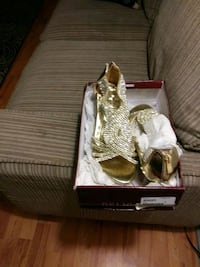 Delicacy size 6 gold. Queens, 11385
