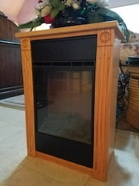 brown wooden framed glass cabinet Martinsburg, 25405