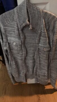 Stylist grey cardigan from guess Coquitlam, V3K 6N6
