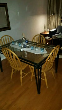 Glass Dining table Toronto, M6S 5A7