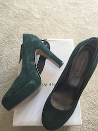 Nine West Forest green suede heels  Oakville
