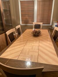 Dining table w/ 5 chairs and China cabinet