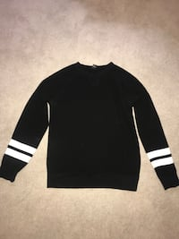 black and white long-sleeved shirt Wilmington, 28403
