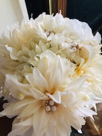 Cream wedding brooch bouquet ready Laurel, 20724