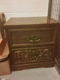 Brown wooden 2-drawer nightstand Toronto, M5A 0C7