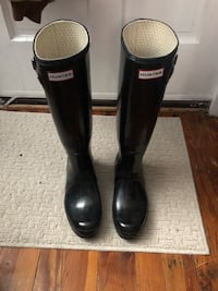 Hunter boots  Baltimore, 21230