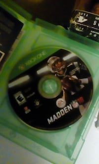 Xbox One Madden 18 disc