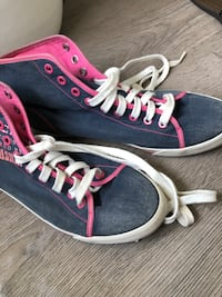 Coach shoes Whitby