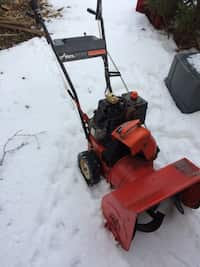 Used Toro power clear - snow blower for sale in Gilberts - letgo