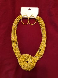 Yellow necklace & earrings ..new Old Town Manassas