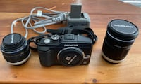 Olympus E-PL2 digital camera w/ two lens Mc Lean