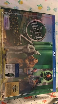 The Wizard of Oz Blu-ray disc case Toronto, M1W 2N5
