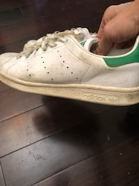 Women's Stan Smith runners size 7. Richmond Hill, L4C 3P2