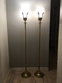 Pair of Stiffel Brass Floor Lamp Laurel Leaves Hollywood Regency MCM Torchiere - tri-light- unique pull down switch- good condition! Toronto, M2J 2Z7