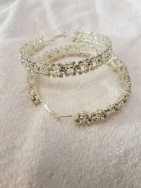 Gorgeous crystal hoops lg Whitby, L1N 8X2