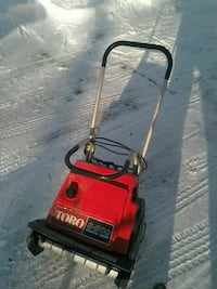 red and black Toro S-200 snow blower Coloma, 49038