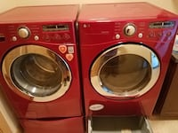 Red lg front-load washer and dryer set Auburn, 98092