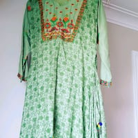 green and red floral long sleeve dress Toronto, M1T 2C4