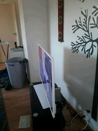 Grundig TV pluss Antenne og bordet.  6158 km