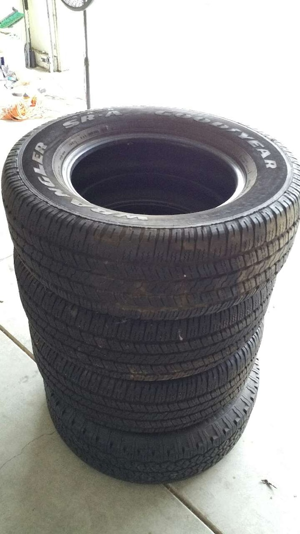 P275 65r18 Tires >> Used 4 Goodyear Wrangler Tires Sr A P275 65r18 For Sale In