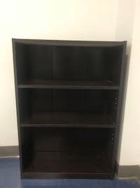 Pending pickup - Brown wood bookcase