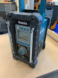 Makita job site radio Milton