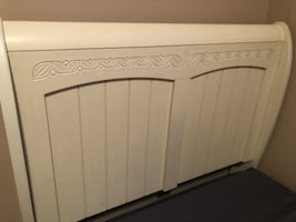 Twin XL vintage sleigh bed and mattress