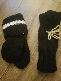 Knitted gloves nd knitted socks Nanaimo, V9R 3S7