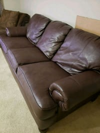 brown leather 3-seat sofa 26 km