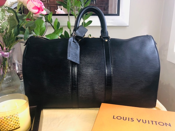 Authentic Preloved LV Keepal 45 Epi