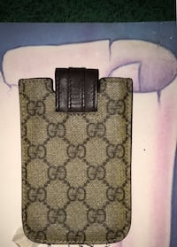 Gucci IPhone SE case