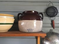 Brown and white stoneware crock Bryans Road, 20616