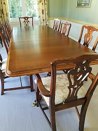 Estate dining table Frederick, 21701