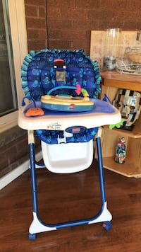 baby's blue and white high chair Vaughan, L4L 5H5